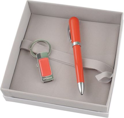 Подарочный набор Cacharel: брелок с USB-флеш-картой на 4 Гб, шариковая ручка