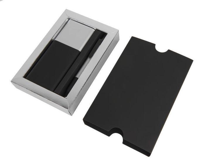 Набор подарочный BLACK GUN: универсальное зарядное устройство (8000 мАh) и ручка, цвет чёрный с серебристым