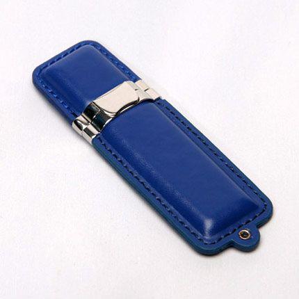 USB-Flash накопитель (флешка) в кожаном корпусе с металлическими вставками, модель 215, объем памяти 16 Gb, цвет синий