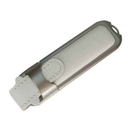 USB-Flash накопитель (флешка) в массивном кожаном корпусе с мет. вставками, модель 212, объем памяти 16 Gb, цвет белый