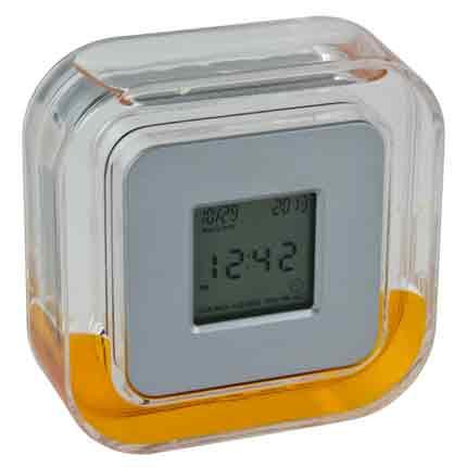 Настольные многофункциональные часы в пластиковом корпусе с оранжевой жидкостью