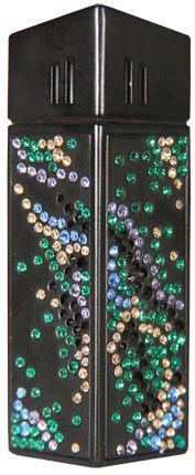 """Зажигалка """"CRICKET Premium Paris"""" газовая, инкрустирована кристаллами Swarovski, модель Manimal 2, цвет чёрный"""